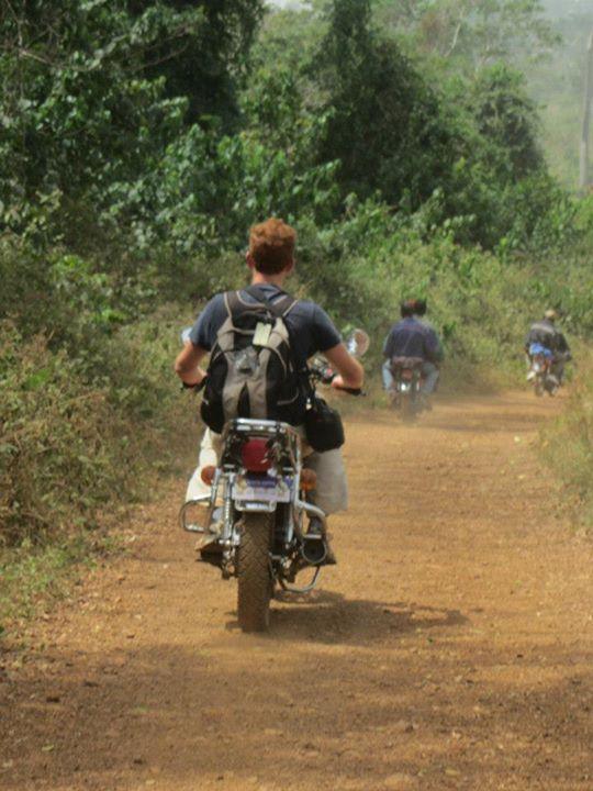 Photos de mes ballades moto en Afrique 48769110