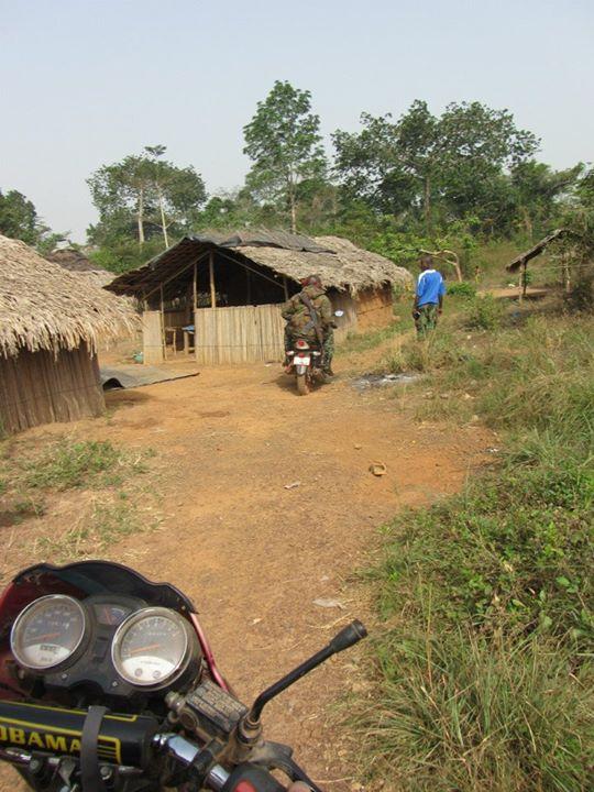 Photos de mes ballades moto en Afrique 52908010