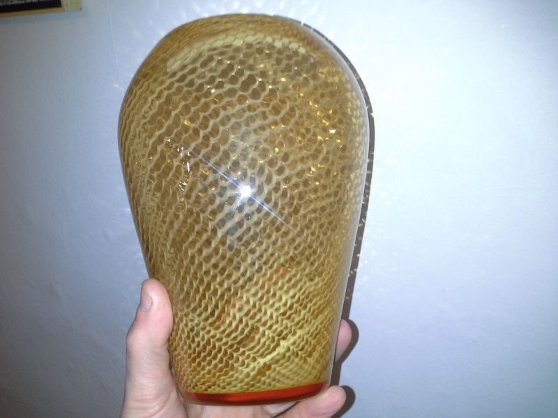 help to identify this amber coloured vase 20140215