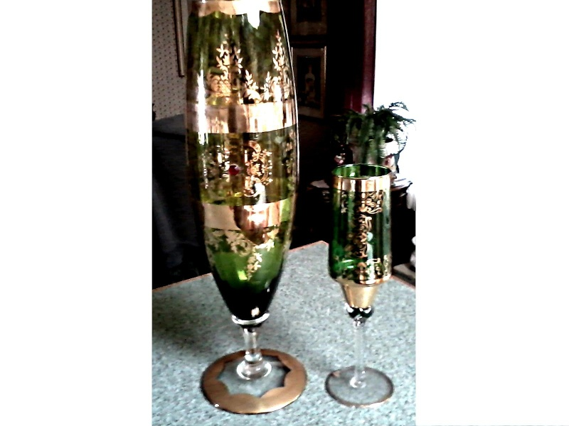 Elegant Green & Gilt Glass Vases / Unknown Maker and Age Green_14