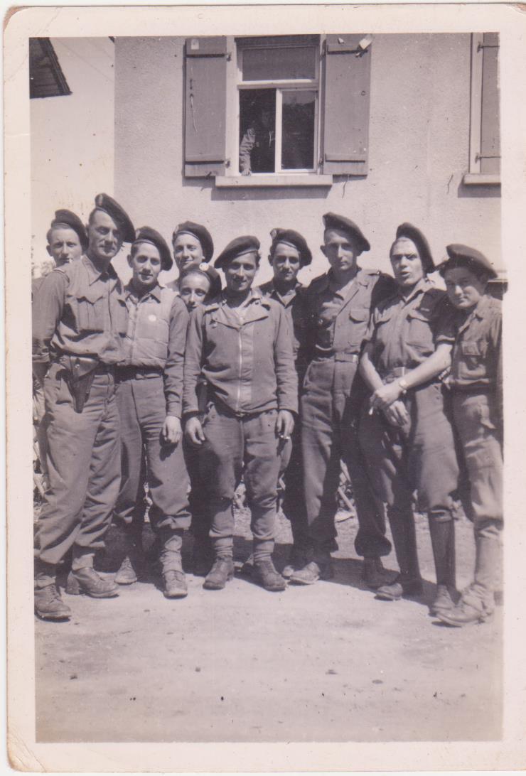 VAREA ANTOINE, bataillon de choc 43-45 - Page 2 00411