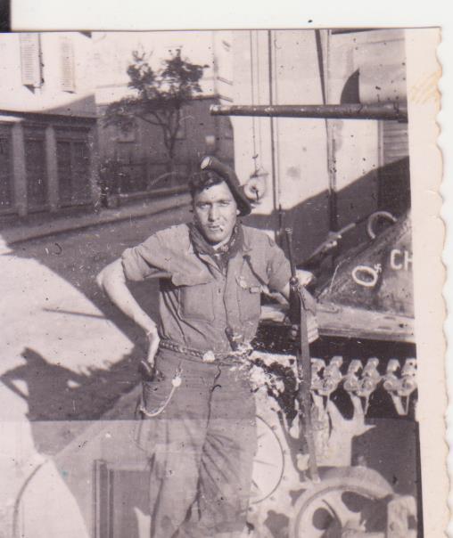 VAREA ANTOINE, bataillon de choc 43-45 - Page 2 11_00210