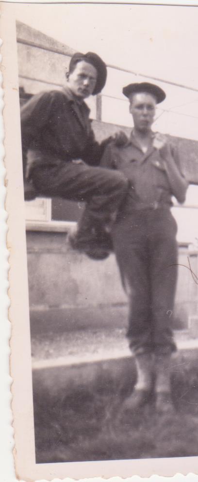 VAREA ANTOINE, bataillon de choc 43-45 - Page 3 11_00311