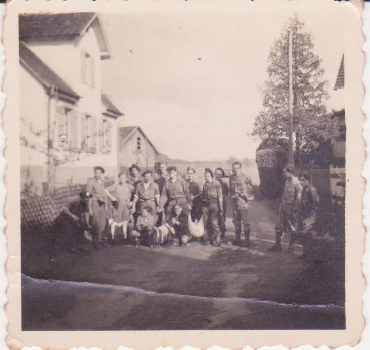 VAREA ANTOINE, bataillon de choc 43-45 - Page 6 46_00210