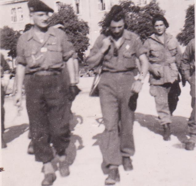 VAREA ANTOINE, bataillon de choc 43-45 - Page 3 61_00210