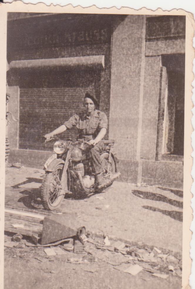 VAREA ANTOINE, bataillon de choc 43-45 - Page 4 66_00310