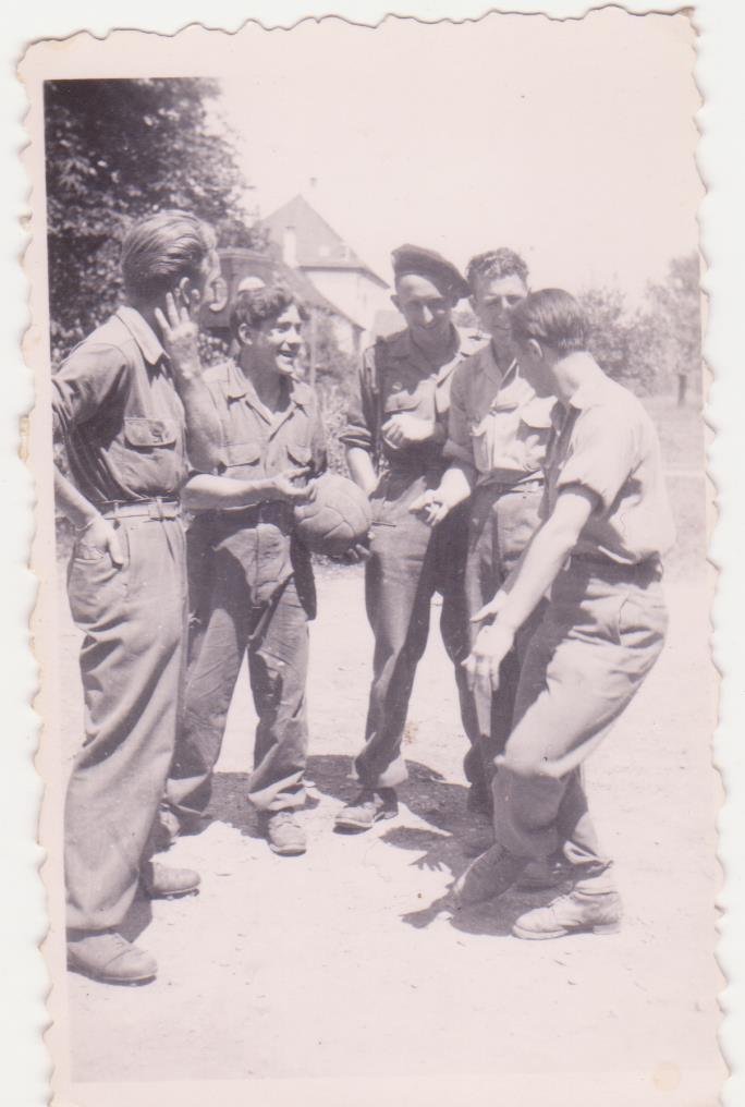 VAREA ANTOINE, bataillon de choc 43-45 - Page 6 95_00610