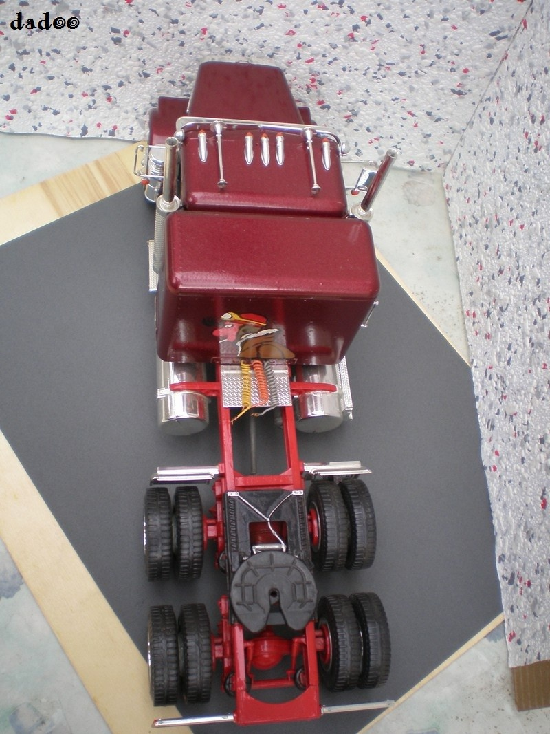 Maquette camion 10210