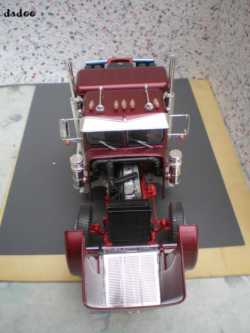 Maquette camion 10610