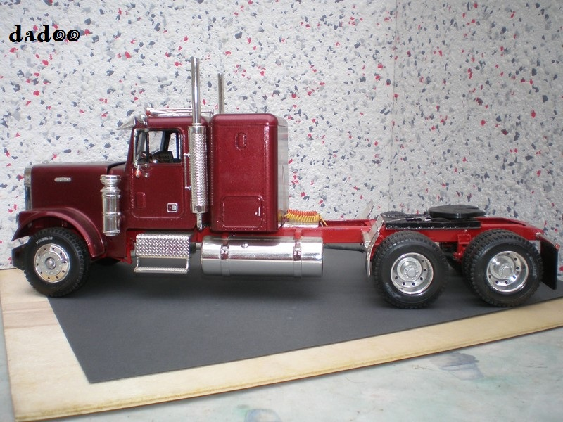 Maquette camion 9910