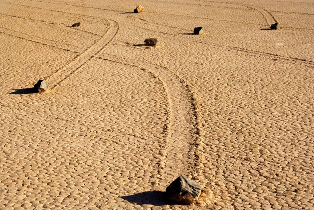 Sailing stones  Ngbbs511