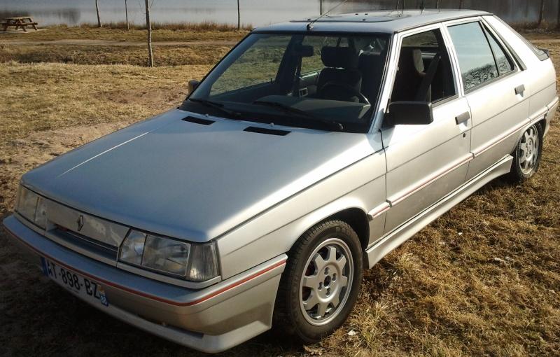 Ma R11 turbo 5 portes grise 620 de 1988 02010