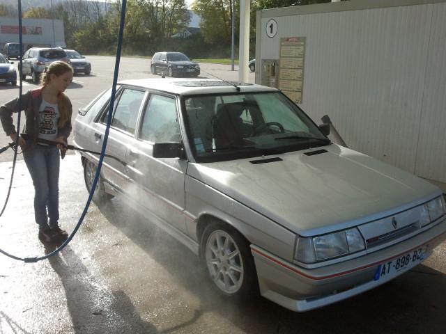 Ma R11 turbo 5 portes grise 620 de 1988 33310