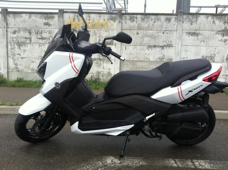 2014 White 210