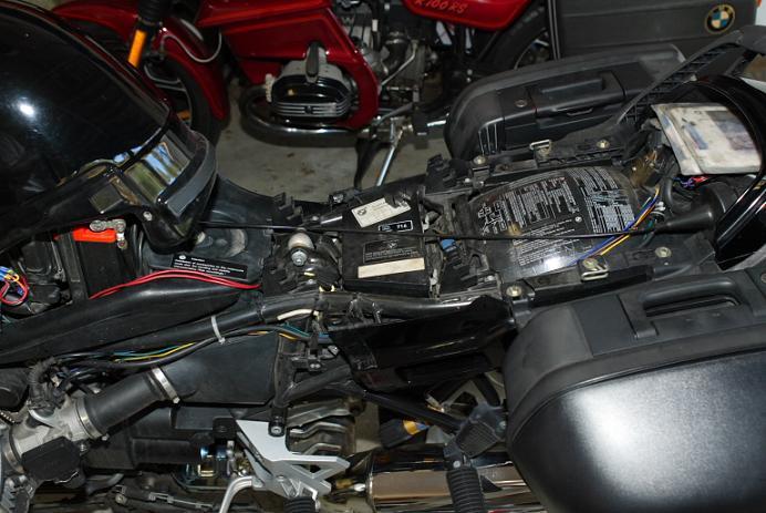 Installation d'un Régulateur de Vitesse sur FJR 1300 (TUTO). - Page 2 Cc811