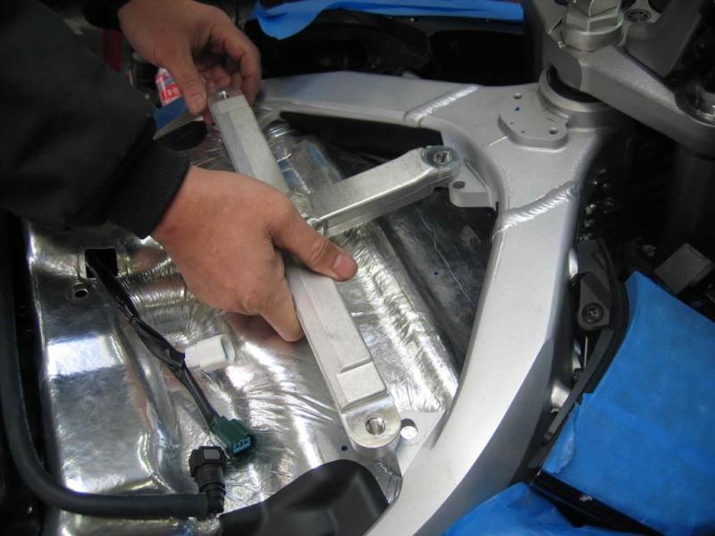 Installation d'un Régulateur de Vitesse sur FJR 1300 (TUTO). T10