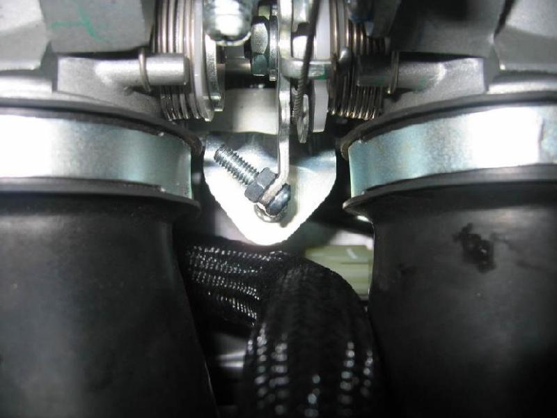 Installation d'un Régulateur de Vitesse sur FJR 1300 (TUTO). Vis_mo10