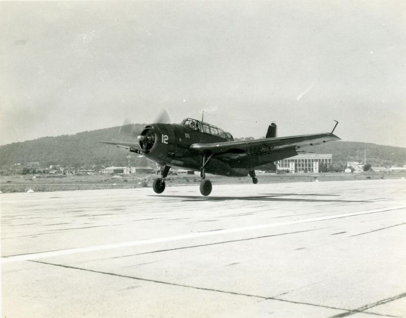 [Les anciens avions de l'aéro] Les bons vieux Lanc de l'Aéronavale ! - Page 6 T_b_m11