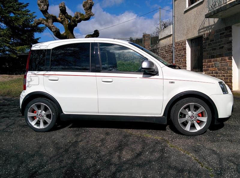 A vendre : Fiat Panda 1.4 100 HP SPORT 02/2010 Img_2011