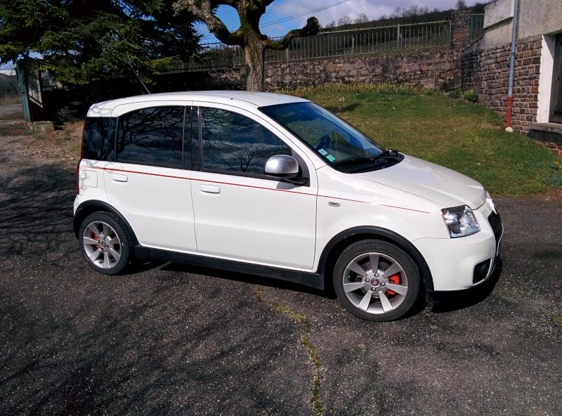 A vendre : Fiat Panda 1.4 100 HP SPORT 02/2010 Img_2012