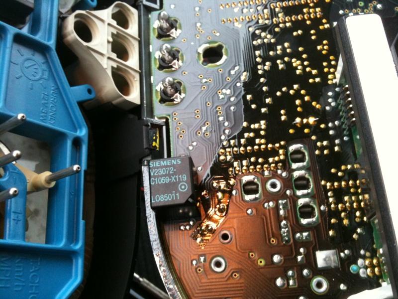 problème d'avertisseur sonore de marche des feux  Img_0610