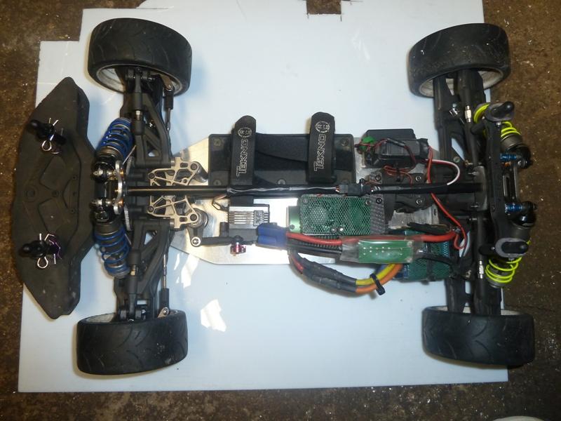 [Vend] Hobbytech STR8 châssis perso avec option Spirit P1040615