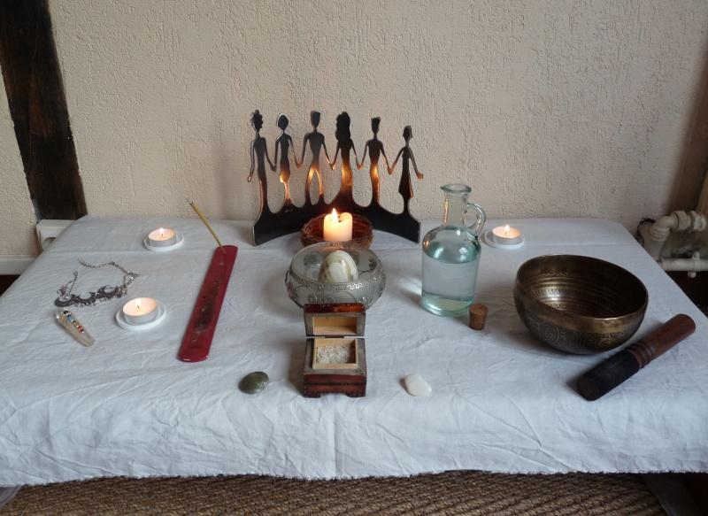 Votre ou vos autels - Page 2 P1070710