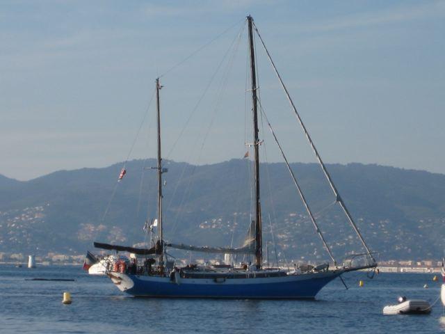 Dans le vieux port de Cannes, ou pas loin Img_4510