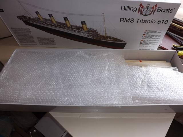 titanic - TITANIC 1:144 di BILLING BOATS T111