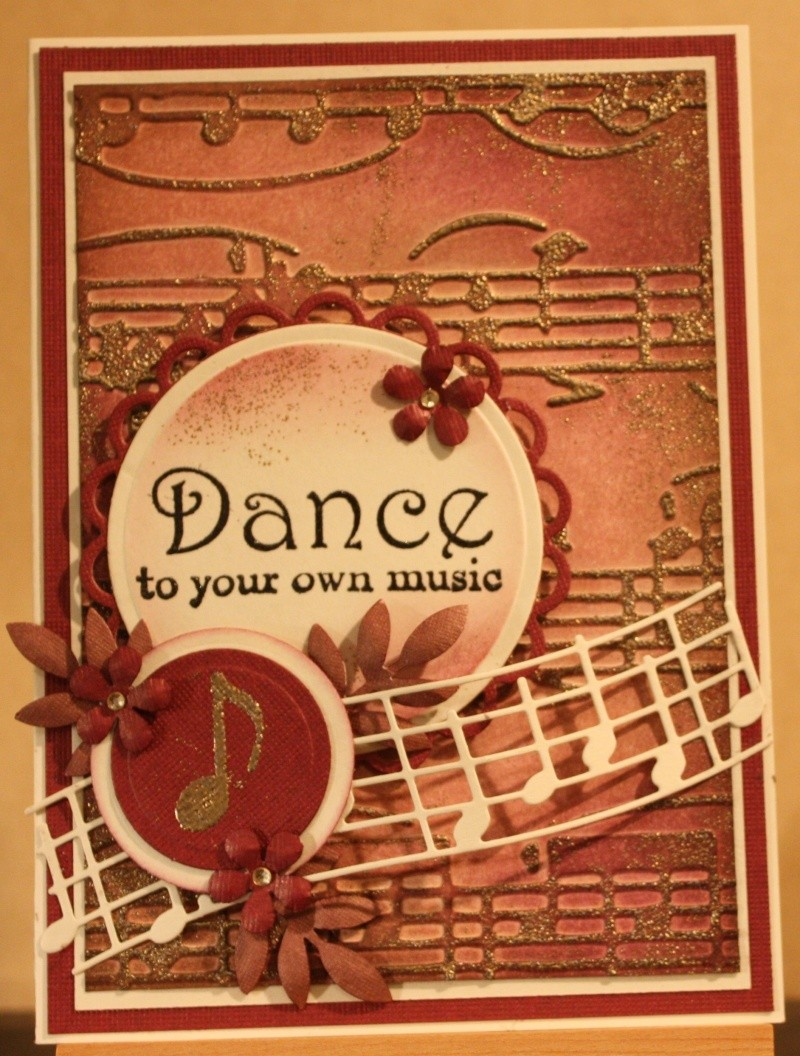 Avril 2014 -Défi #29  - La Danse  Img_7344