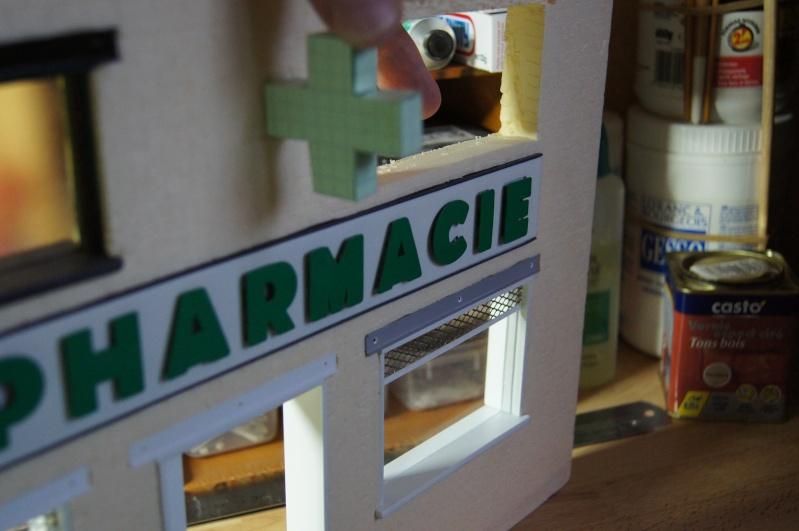Franck's blog : Pharmacie au 1/24. 27110