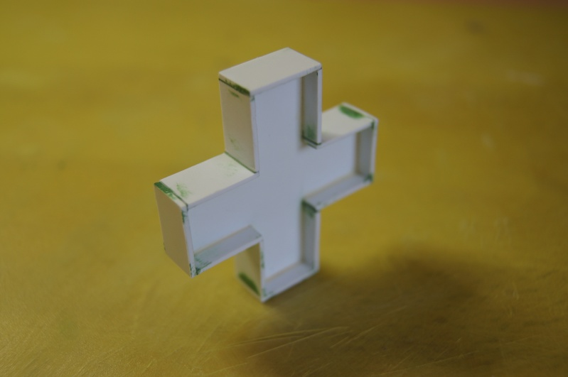 Franck's blog : Pharmacie au 1/24. 3610