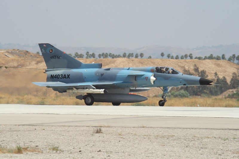 F-21 LION AGGRESSOR [au 48eme de ESCI] Fini 48681010