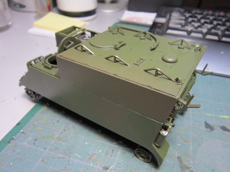 M577 armoured command post car (1/35 de Tamiya) voila le Dio Img_7732