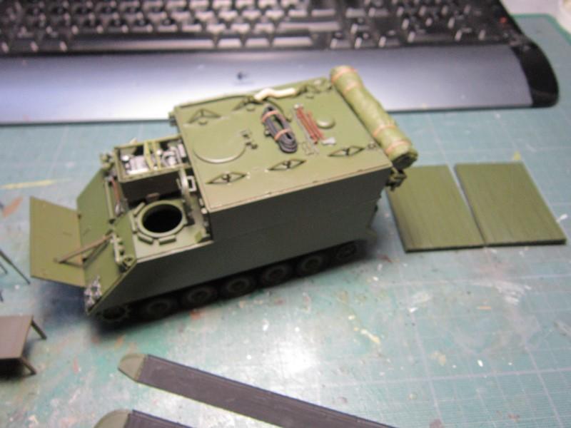 M577 armoured command post car (1/35 de Tamiya) voila le Dio Img_7738