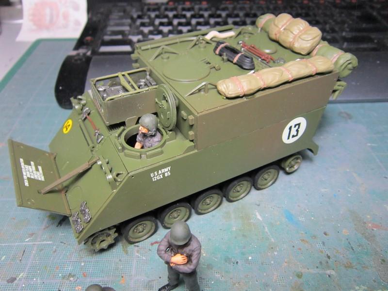 M577 armoured command post car (1/35 de Tamiya) voila le Dio Img_7742