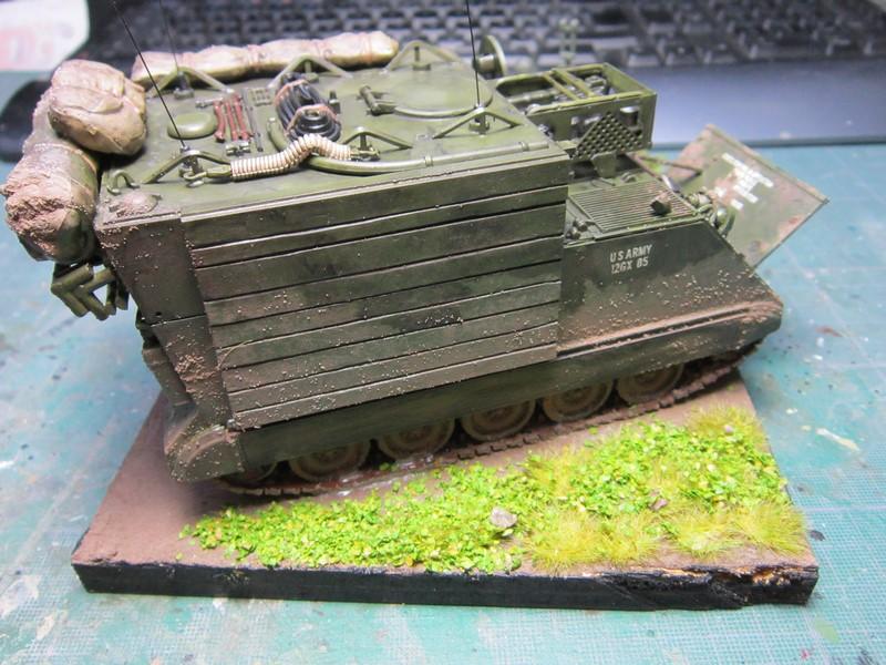 M577 armoured command post car (1/35 de Tamiya) voila le Dio Img_7745