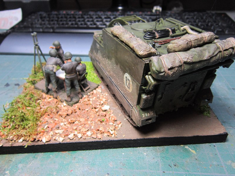 M577 armoured command post car (1/35 de Tamiya) voila le Dio Img_7746