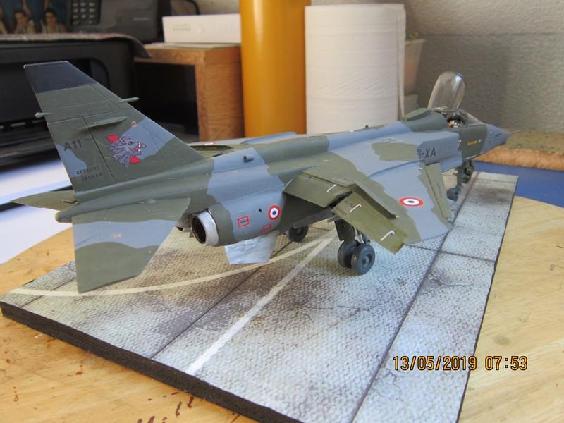 sepecat jaguar A (1/48 de kitty hawk) fini- rajout de la mise en situation Img_8179