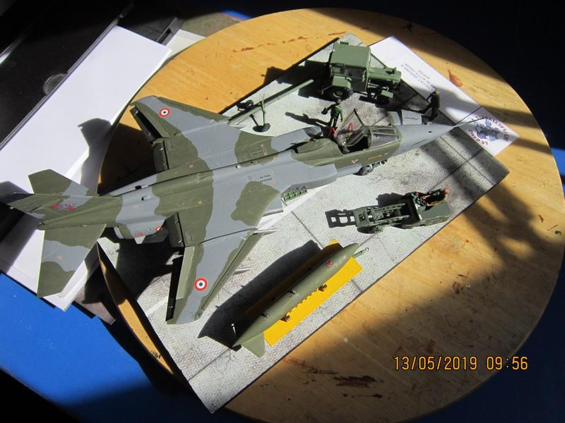 sepecat jaguar A (1/48 de kitty hawk) fini- rajout de la mise en situation Img_8214