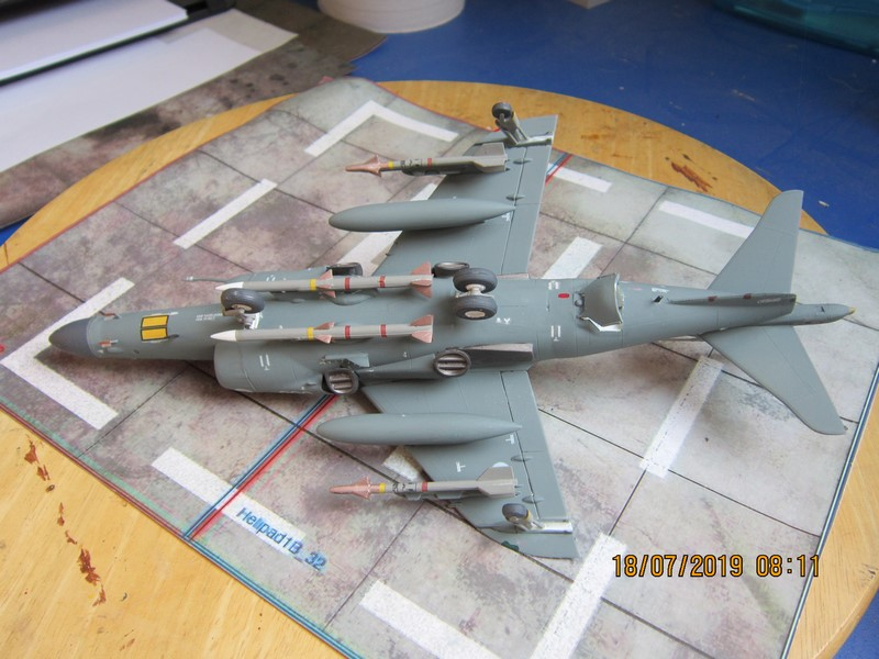 SEA Harrier FA2 au 48° de Airfix (la fin) Img_8515