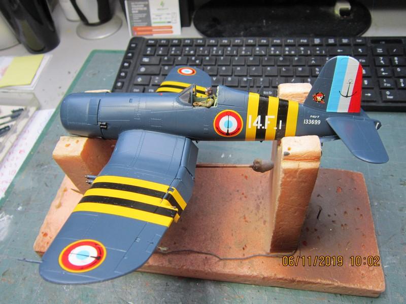 "F4U-7 Corsair ""french navy"" 48 de HASEGAWA (fini) Img_8777"
