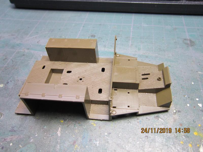 M3A1 Scout Car 1/35 de ITALERI  (Fini) Img_8923