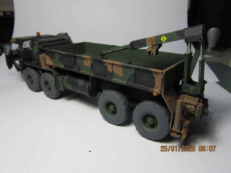 M-977 oshkosh truck (1/35 de ITALERI)---(FINI) Img_9135