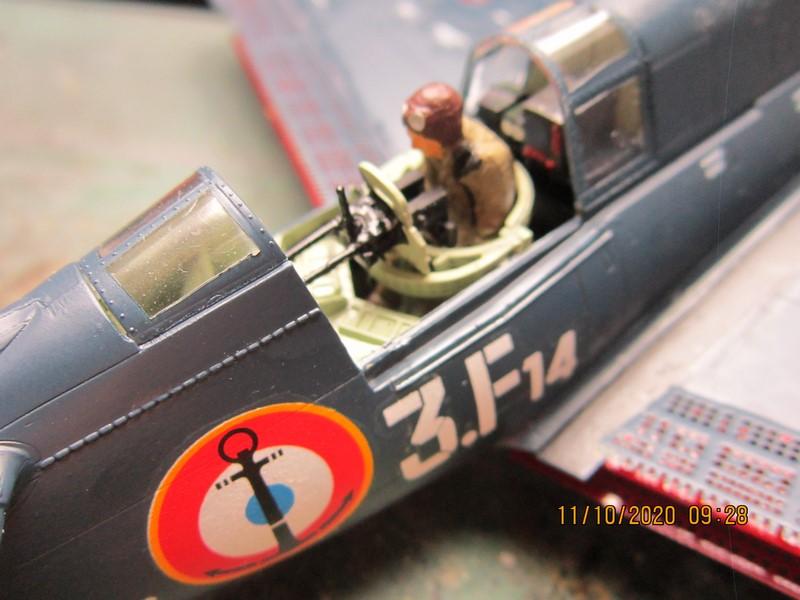 Curtiss SB2C-(4) 5 Helldiver au 48 de revell (fini) - Page 3 Img_9811