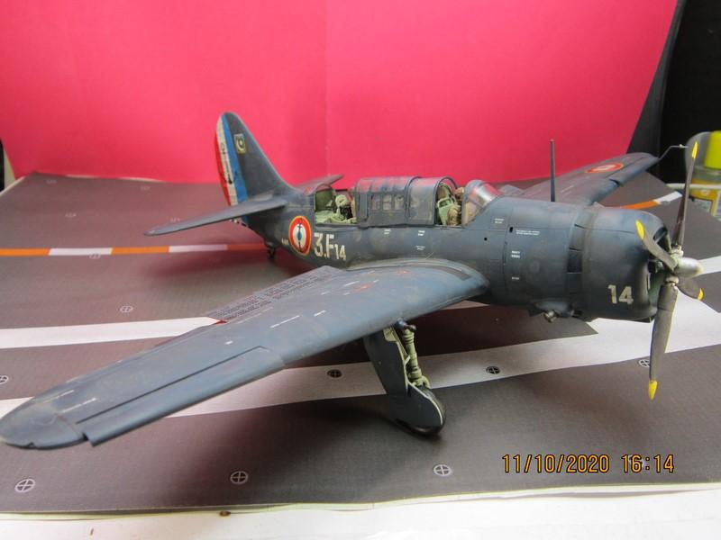 Curtiss SB2C-(4) 5 Helldiver au 48 de revell (fini) - Page 3 Img_9816
