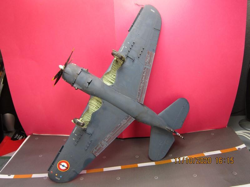 Curtiss SB2C-(4) 5 Helldiver au 48 de revell (fini) - Page 3 Img_9820