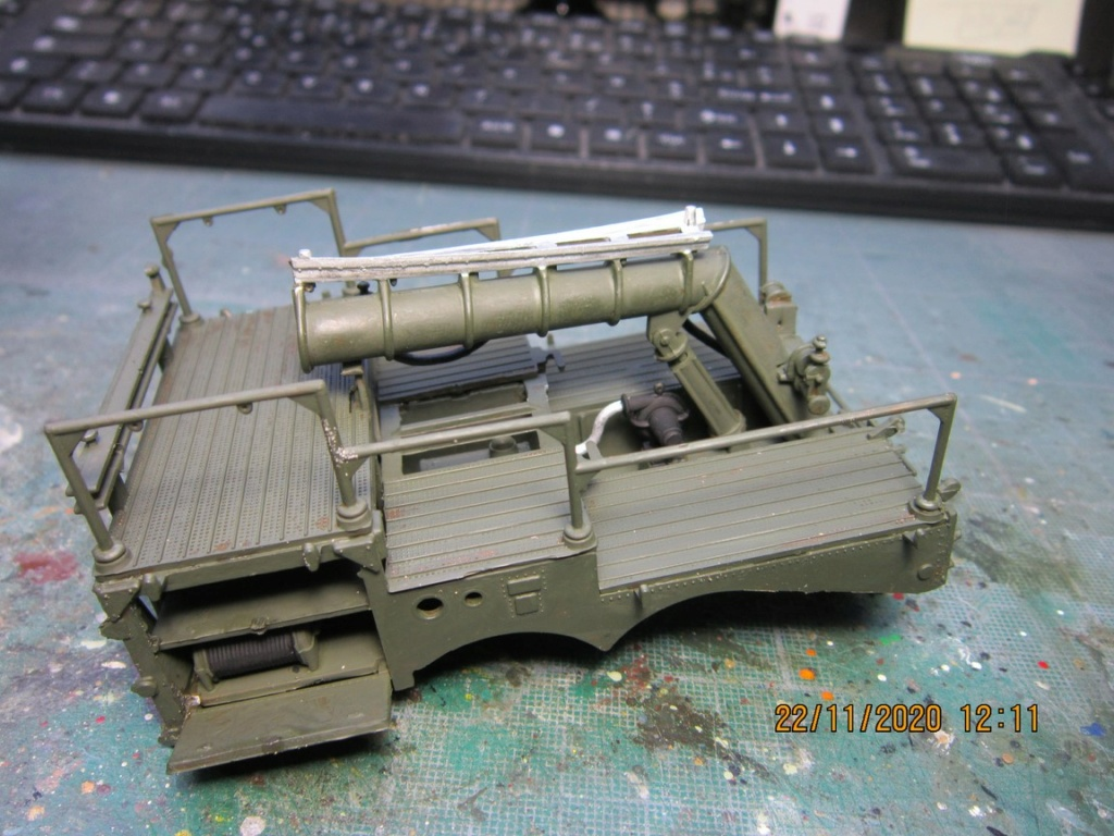 lacrosse missile with mobile launcher au 40 de Revell  (fini) Img_9935