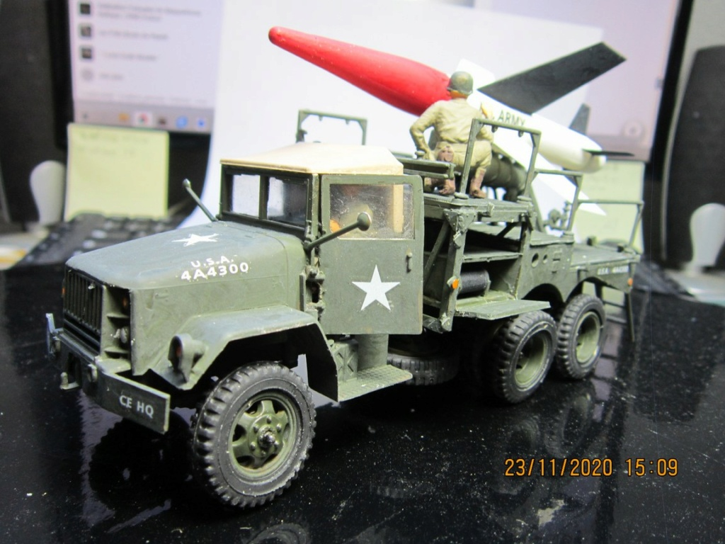 lacrosse missile with mobile launcher au 40 de Revell  (fini) Img_9944