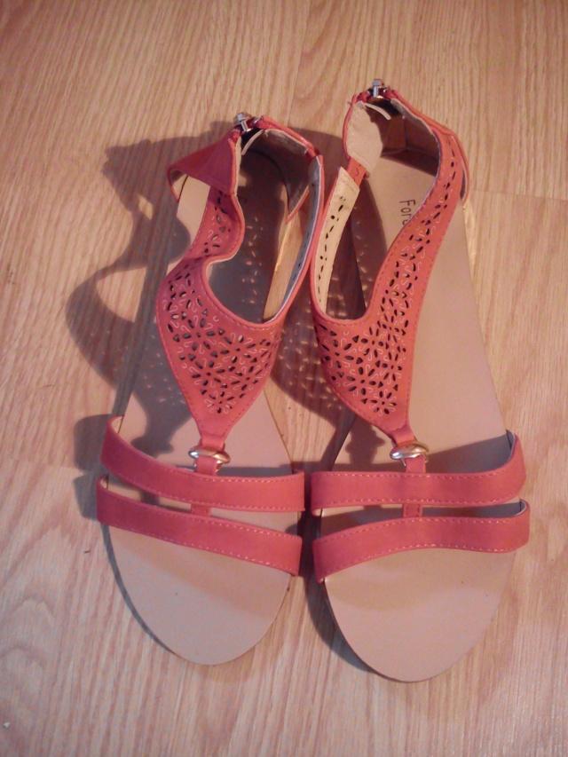 Sandales plates, chaussures à talons ... Taille 41, neuves ou TBE !!!  Dsc_0511